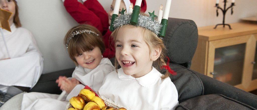Lussekatter schwedisches Weihnachtsgebäck