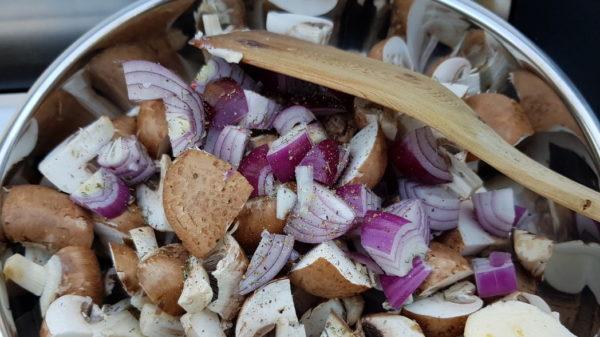 Wildgeschnetzeltes mit Pilzen